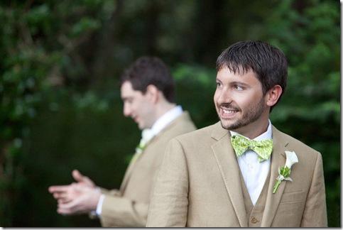 ikat groom