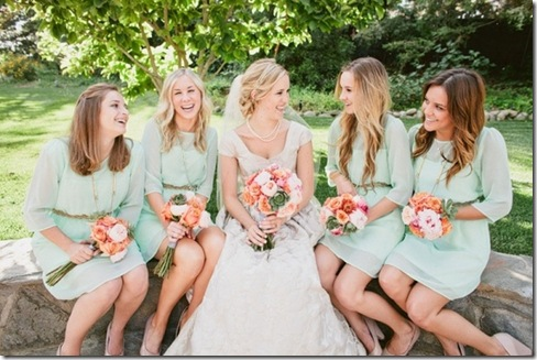 mint bride and bridesmaids