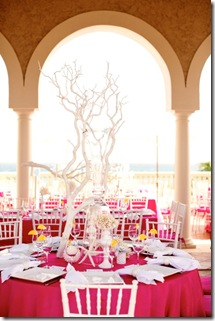 picnk and white coral wedding table decor