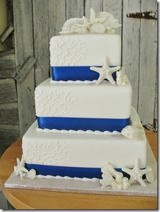 strafish white and blue wedding cake
